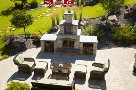 0135-winnipeg-landscaping-fireplace-grass-steppingstones-trees-patio-walls-spruce